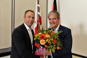 Stv. Fraktionsvorsitzender Mario Czaja gratuliert Burkard Dregger zur Bestätigung als Fraktionsvorsitzender